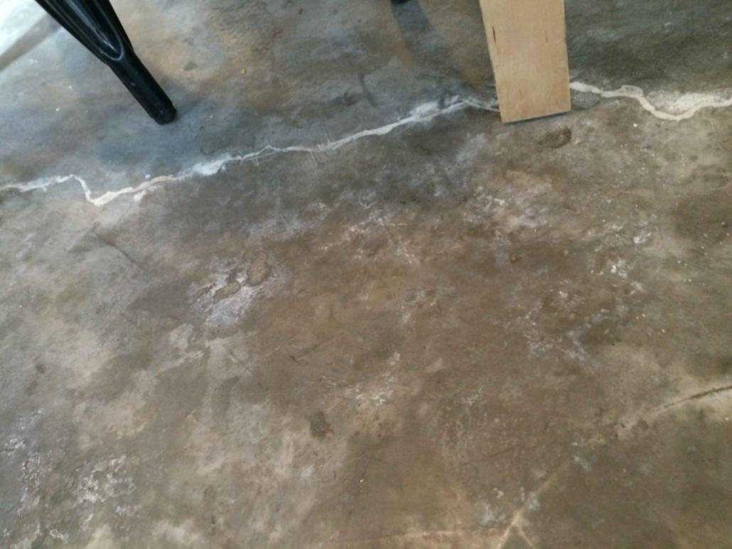 Cracks on floor surface